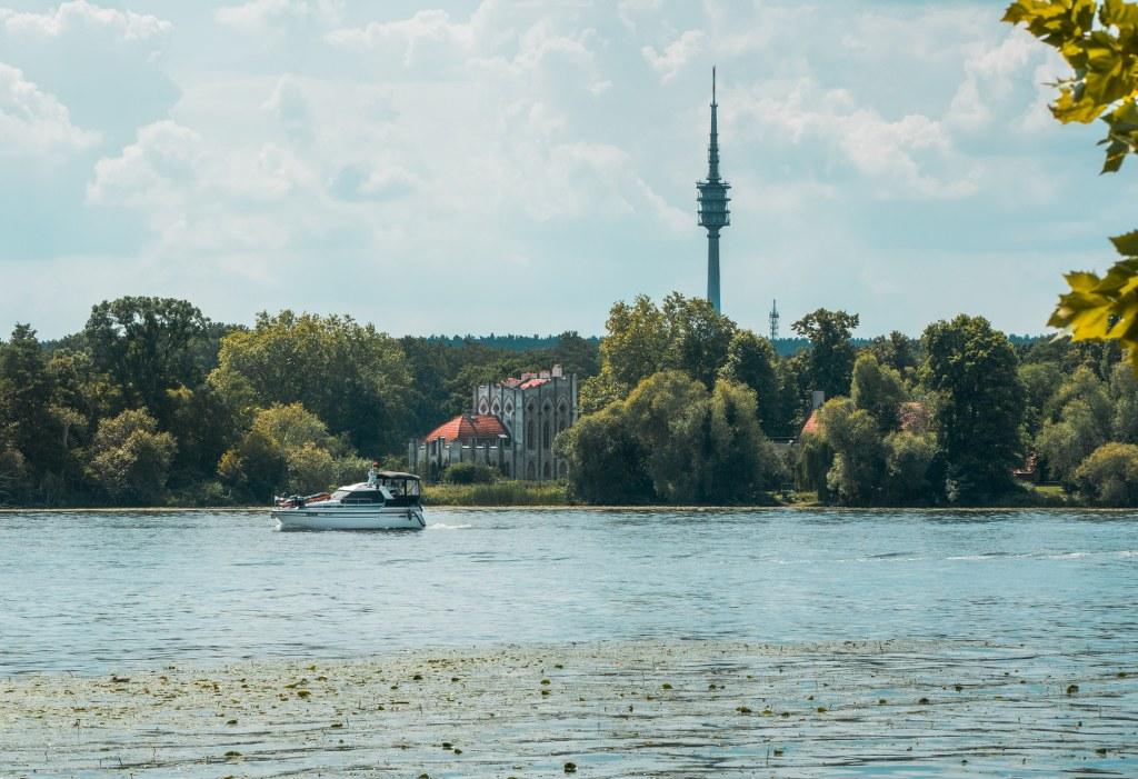 Ein Boot auf der Havel