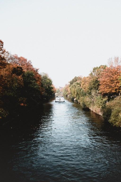 @aarongilmore Landwehrkanal und Dampfer